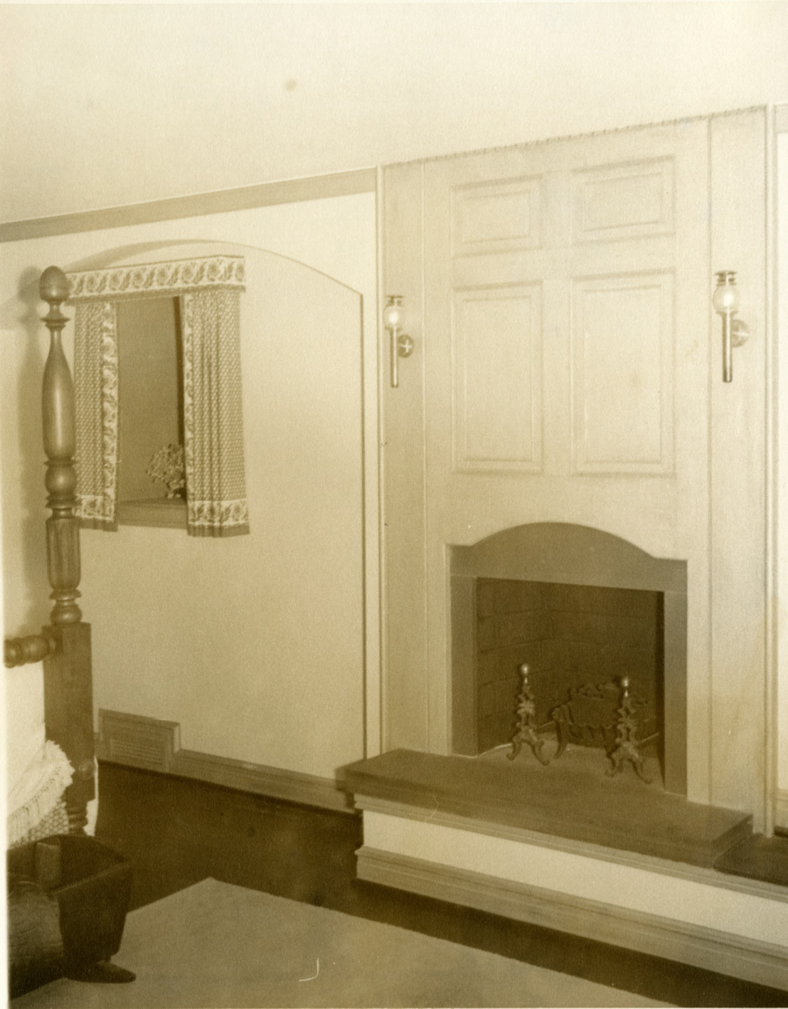 Phillip F. Howerton House - Bedroom
